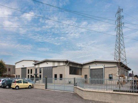 Laboratorio produzione cristallo Varese