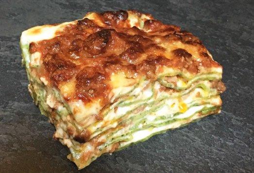 porzione di lasagna