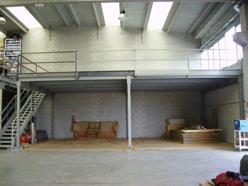magazzino vuoto