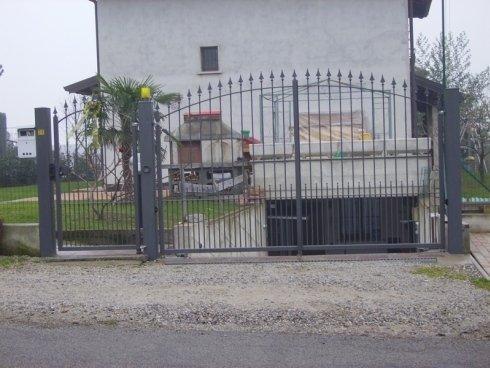 cancello esterno