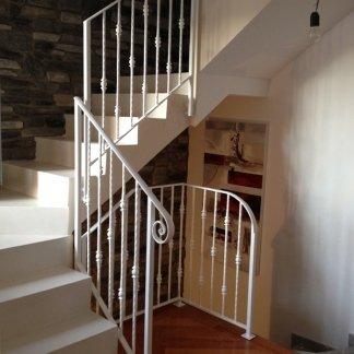 scale ad angolo