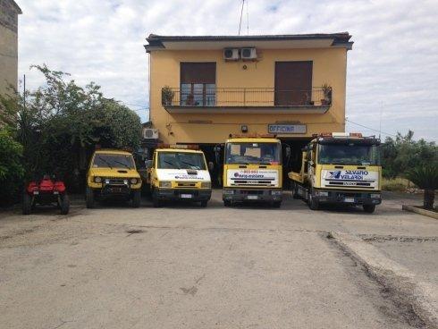 quattro carri attrezzi