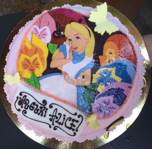 torta con personaggi Disney