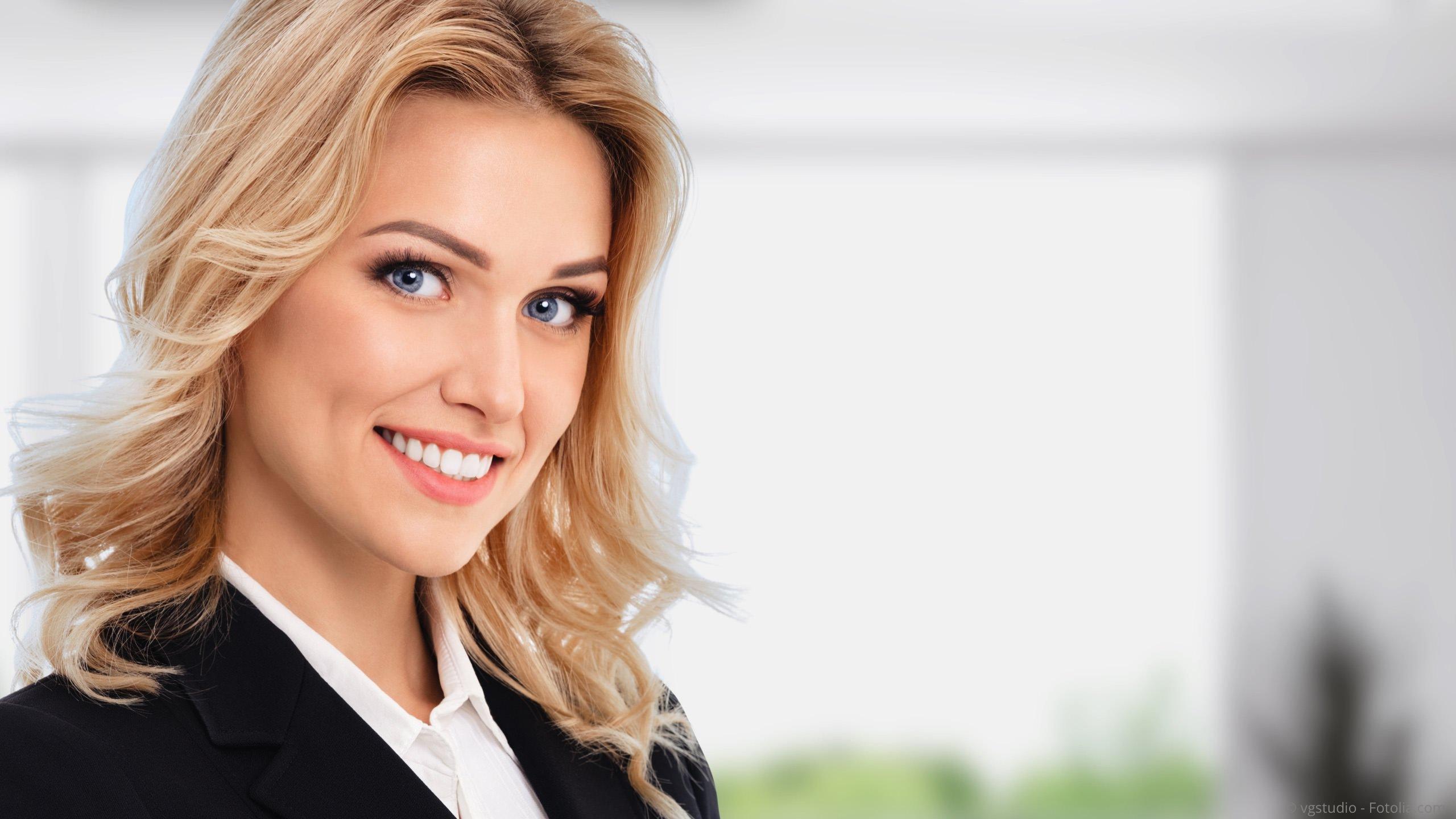Bleaching (Zahnaufhellung): Weiße Zähne