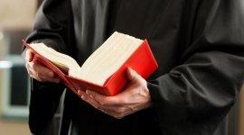 avvocato in toga, diritto romano, codice civile