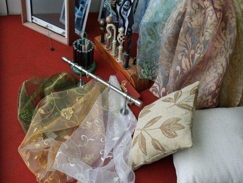 bastoni per tende, stoffe decorate per tende, stoffe per cuscini