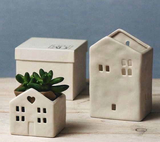 Casa porta vasetto in porcellana