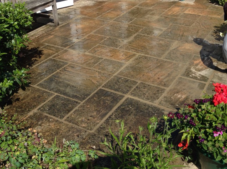 Patio re-levelling job in Berkshire