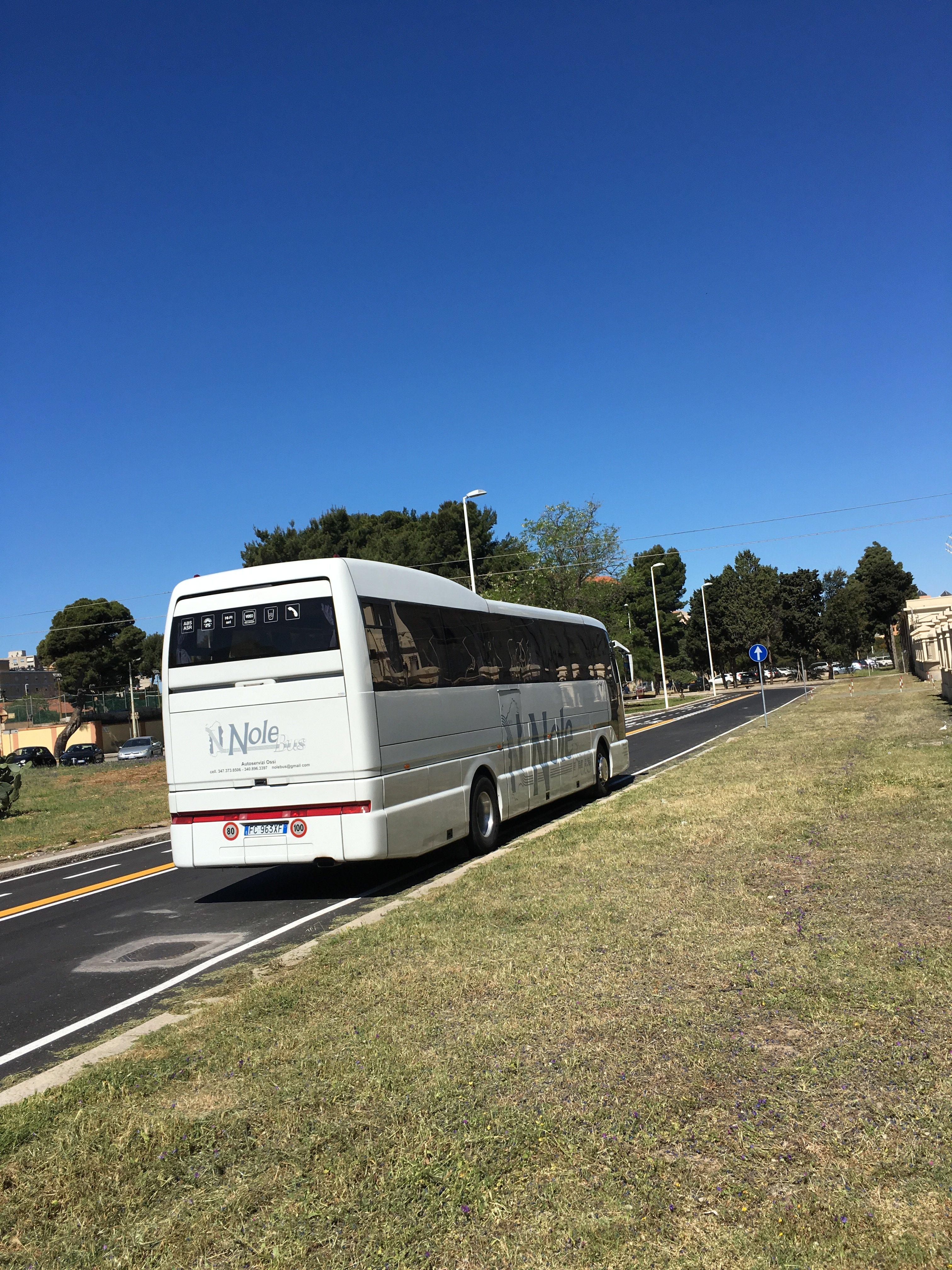 autobus che cammina