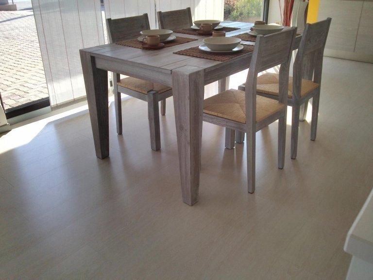 Tavolo su misura con sedie La Spezia