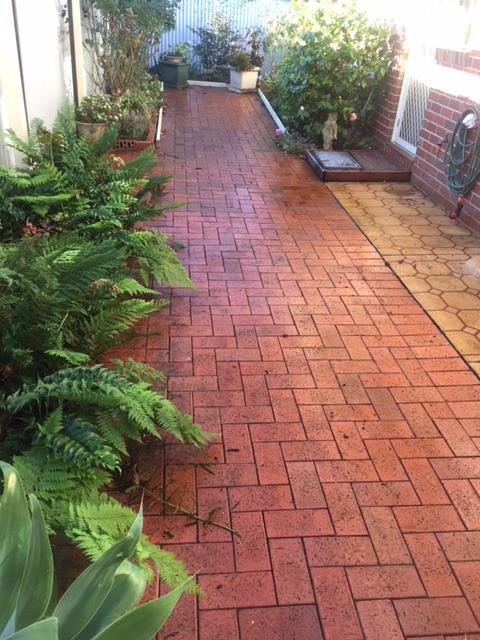 cleaning brick paving
