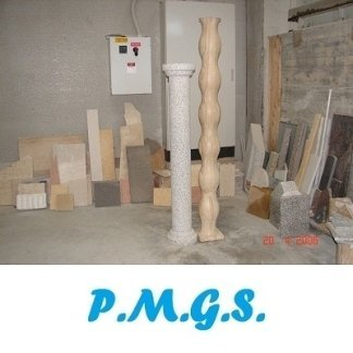 pilastri granito