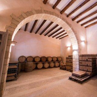 wine aged in barrels