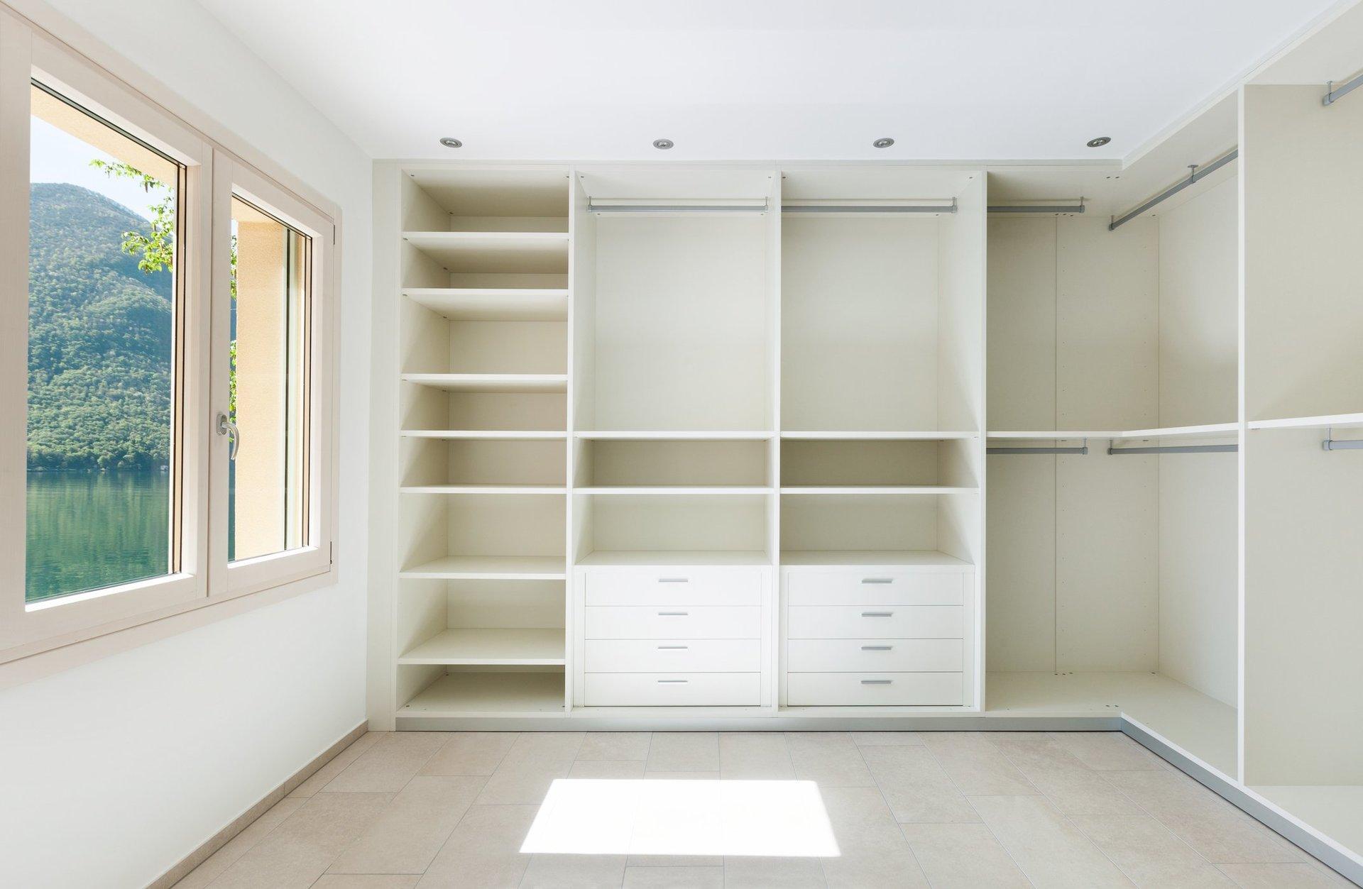 Closets. Cabinet Design Chattanooga