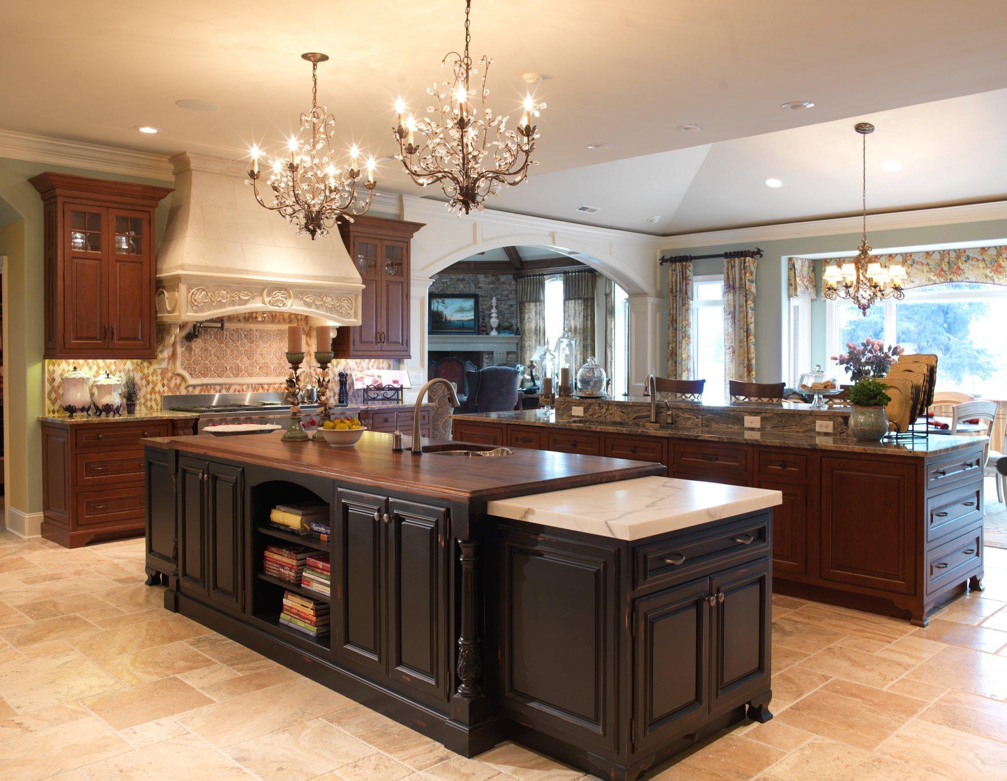 Custom Kitchen Cabinets in Chattanooga, TN | Scarlett's ...