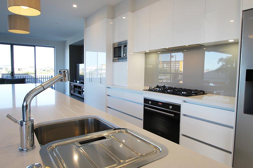 Birtinya Island kitchen renovation