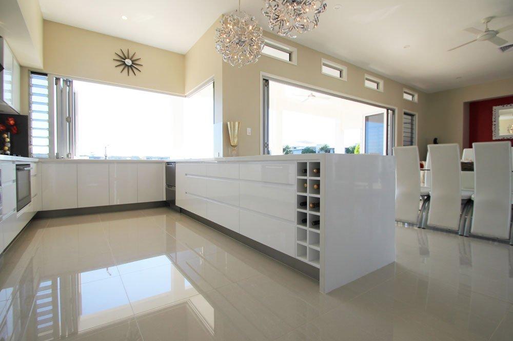 Twin Waters entertaining kitchen
