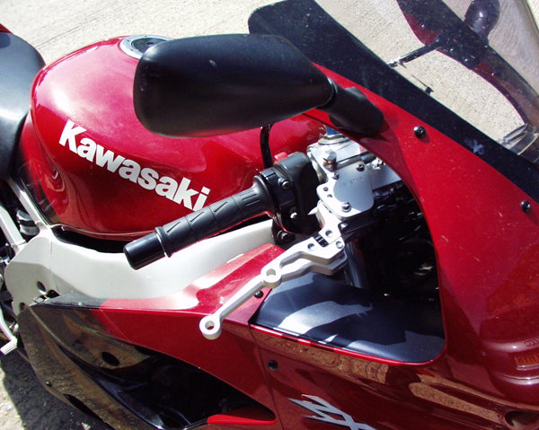 Kawasaki ZX9R K-Lever Cable Clutch and Hydraulic Front Brake RH side
