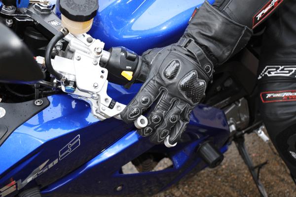 Suzuki SV650S LH Clutch and Front Brake detail