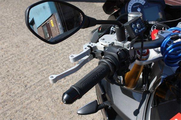 Aprilia Tuono V4 Clutch and Front brake LH detail