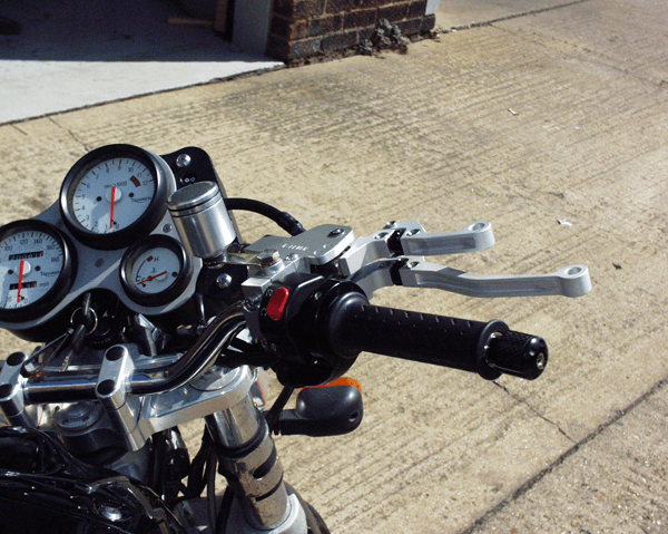 Triumph Speed Triple RH K-Lever Cable Clutch and Hydraulic Front Brake.