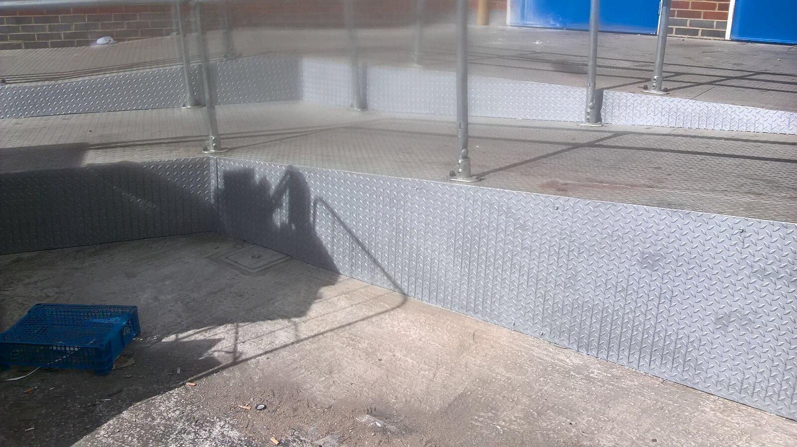 metal fencing