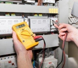 manutenzione impianti elettrici industriali, installazione
