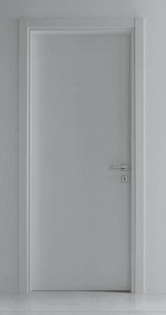 vista frontale di una porta bianca