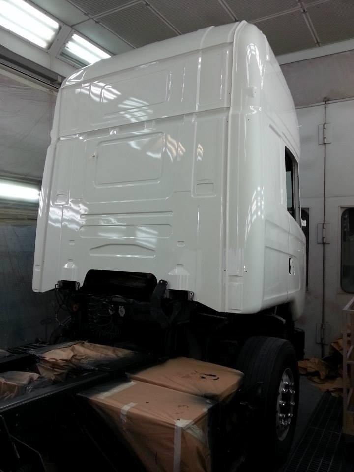 verniciatura cabina camion
