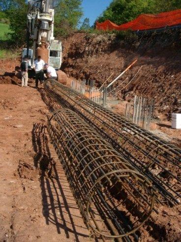 approntamento gabbie da inserire nel palo