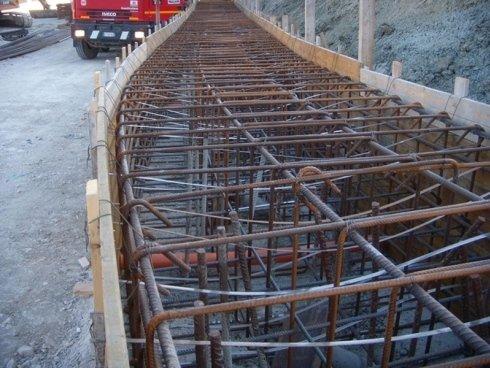 realizzazione trave di collegamento pali