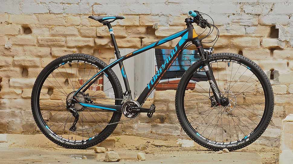 elite racing cycles light aqua blue colour race cycle
