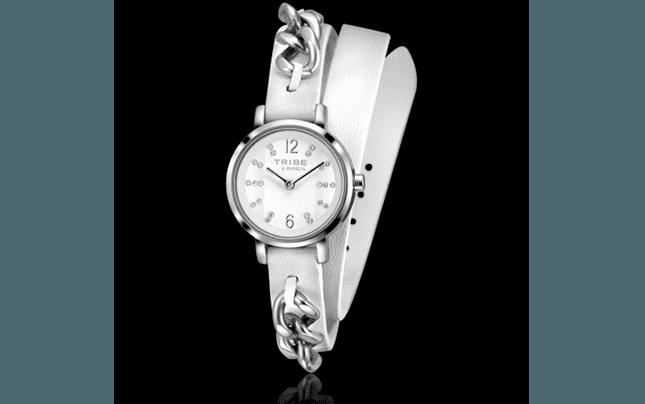 orologio donna, orologi donna, orologi Breil, Orologio solo tempo femminile reso estremamente glamour dalla catena grumette applicata al cinturino in pelle bianca. Quadrante bianco con cristalli.