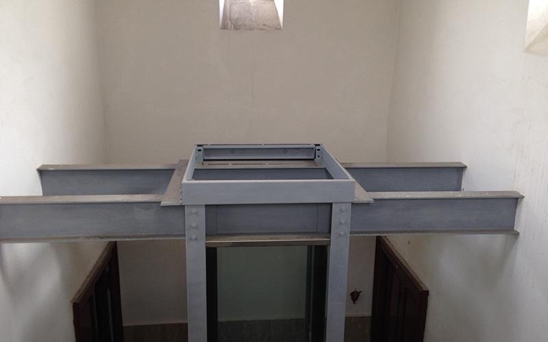 Installazione incastellature metalliche