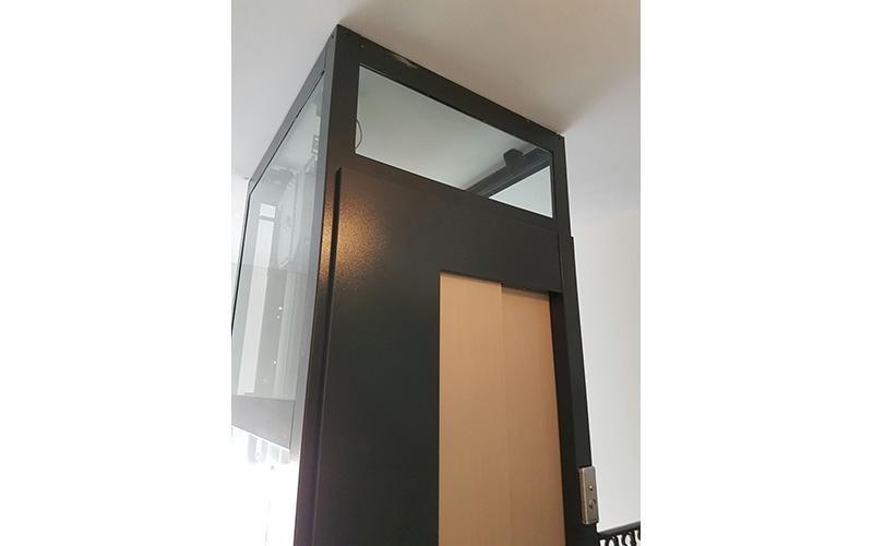 porta automatica montacarichi
