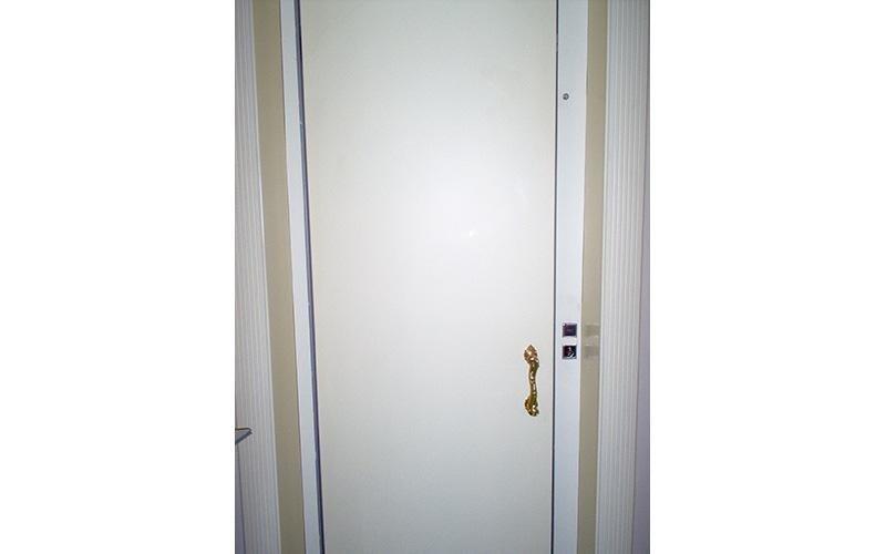 installazione porte a battente