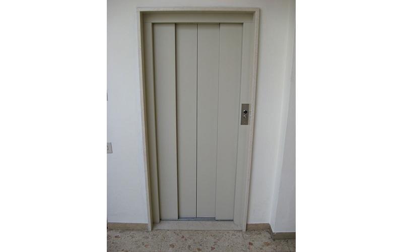 fornitura porte automatiche per ascensori
