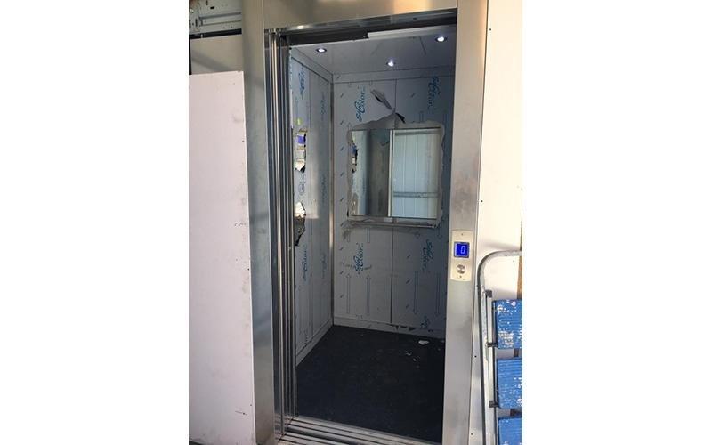 ascensori pannelli in vetro