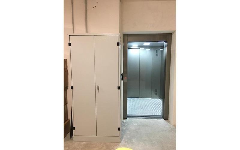 installazione ascensore oleodinamico in taglia