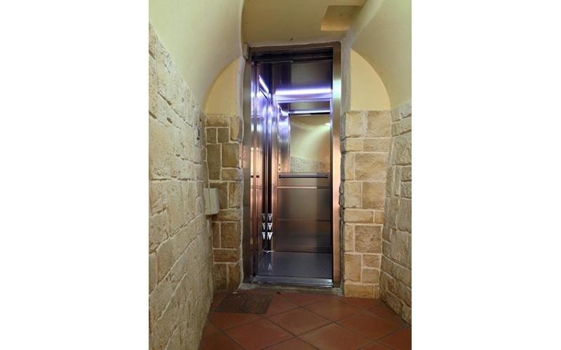installazione ascensore automatico