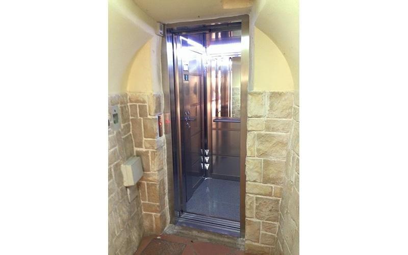 progettazione ascensore automatico