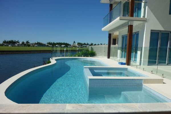 Custom pools gold coast sundollar pools for Swimming pools central coast nsw
