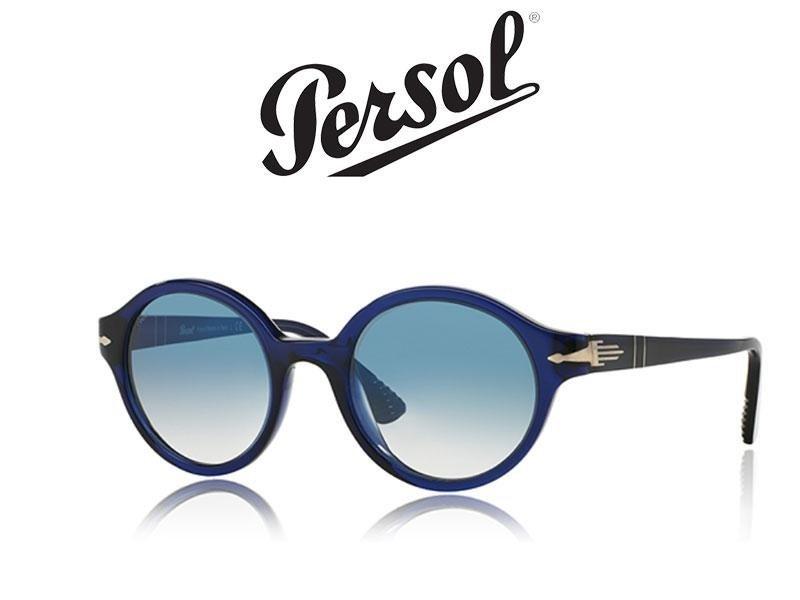 occhiali da sole di color nero della marca Persol