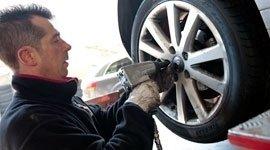 Sostituzione pneumatici, cambio gomme, stoccaggio pneumatici