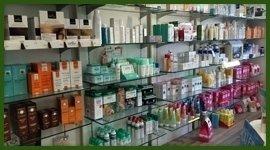 Vendita di prodotti ad uso dermatologico, medicinali ad assunzione orale ed alimenti per celiaci.