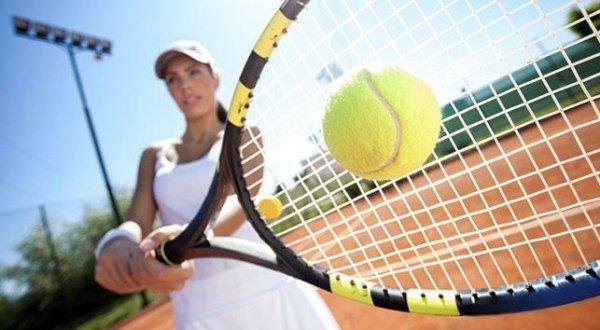 Hotel con campi da tennis