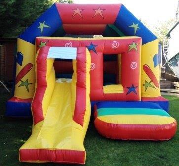 15ft Wide x 15ft Deep Party Castle/Slide