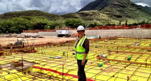 Sandra Sardinha  at the Hale Makana O Nanakuli job site