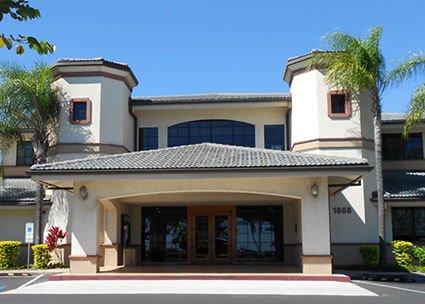 Maui Credit Union entrance