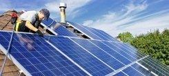 pulizia di pannelli solari